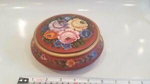 Ethel Kvalheim Norwegian Decorative Rosemaling Bowl with lid