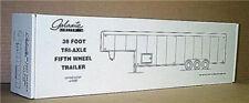 Galaxie 38 foot Tri-Axle Fifth Wheel Trailer plastic model kit 1/24 or 1/25