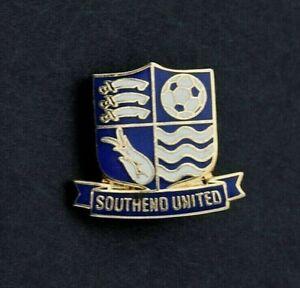 SOUTHEND UNITED FOOTBALL CLUB PIN BADGE