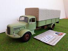 MERCEDES L325 plateau baché d 1957 camions d'autrefois 1/43 IXO camion miniature