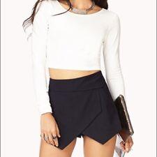 Forever 21 Womens Skort Large Black Asymmetrical Envelope Casual Party Shorts