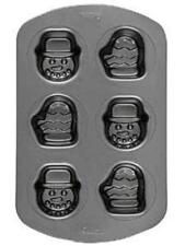Wilton Non-Stick Snowman and Mitten Mini Loaf Cake Pan New With Torn Packaging