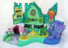 Wizard of Oz Emerald City Miniature Village Figure Play Set Polly Pocket 2001
