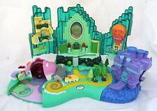 Wizard of Oz Emerald City Miniature Village Figure Play Set Polly Pocket 2001