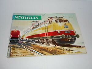 Marklin 1966/1967 Product catalogue in German. Good overall condition. 60p