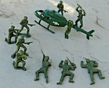 Vintage Army Military Miniature Toy Soldier Lot Green 1970s Figures Lot 10