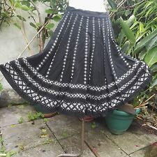 1950 Vintage Skirt by Provawear London Full Circle Black Abstract Print Clothing