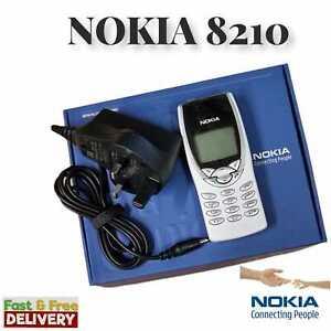 NOKIA 8210 WHITE(BOXED)SIM FREE UNLOCKED 12MONTHS WARRANTY UK SELLER