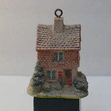 Lilliput Lane > Mistletoe Cottage >> 1992 Annual Ornament