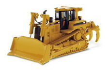 1/50 DM Caterpillar Cat D8R Series II Track-Type Tractor Diecast Model #85099