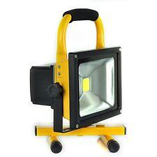 30W Portátil Hi Power Blanco LED Luz de trabajo recargable IP65 luz de inundación