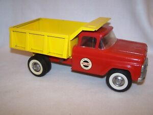 Vintage 1960's 'Red & Yellow' Nylint No. 5100 Dump Truck (Nice Condition)
