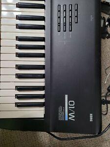 Korg 01/w 61 key Music Workstation Synthesizer New Battery  & Backlight.