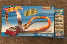 HOT WHEELS Figura 8 CANALETTA LOOP TRACK RACE Set-Nuovi (auto da corsa)