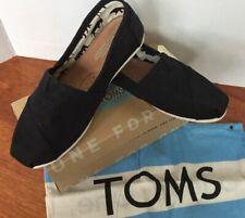 Tom's Women's Classics Canvas Flats Size US 6.5 (Black)NWB Comfy!