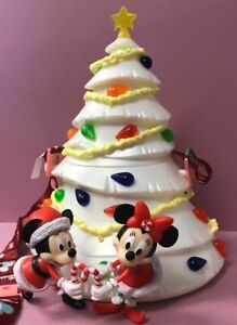 Disneyland 2020 Mickey & Minnie White Christmas Tree LU Disney Popcorn Bucket