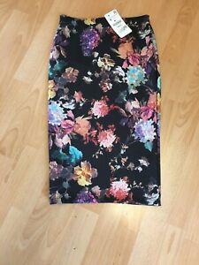 ZARA BNWT Floral Pencil Skirt - Size S
