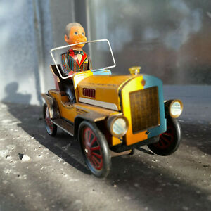 Kang Yuan KY 452 Red China ME 074 Tin Toy Battery Happy Driver Oldtimer ANTIQUE