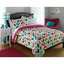 Twin Full Queen Bed Bag Pink Green Black White Chevron 8 pc Comforter Sheet Set