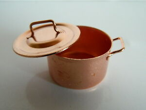 (KP24) 1/12th scale DOLLS HOUSE COPPER COLOURED METAL JAM PAN