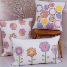 PATTERN - Hexology Cushion Trio - Sweet home decor PATTERN - Tied with a Ribbon