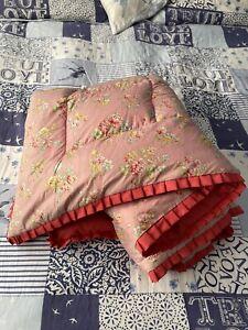 Vintage Eiderdown 1950s Pink Floral Quilt Bedding Cottage Style 110cm x 170cm