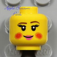 LEGO Female CAROLER MINIFIG HEAD Christmas Carol Smile Girl Red Cheeks Pink Lips