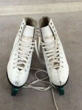New listing Dominion Canada Model 698 White Figure Skates Girls Youth Size: 1