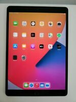 Apple iPad Pro  64GB, Wi-Fi, 10.5 in - Space Gray IOS 14 supports apple pencil