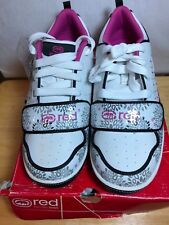 BRAND NEW RED BY MARC ECKO PLAYGROUND WOMEN SIZE 6 WHITE/BLACK/PINK SNEAKER