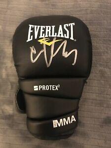 Cain Velasquez autographed Everlast MMA glove