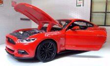 Modellini statici di auto, furgoni e camion grigio per Ford, Scala 1:24
