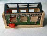 Thomas & Friends Wooden Railway Train Useful Engine Shed Push Lever With Roof
