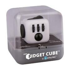 Fidget Cube ® Geduldsspiel schwarz / weiß  NEU OVP