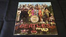 Beatles, Sgt Pepper Vinyl LP, 1970 UK press, Complete, 2 box EMI -1 / -1 EX+/EX+