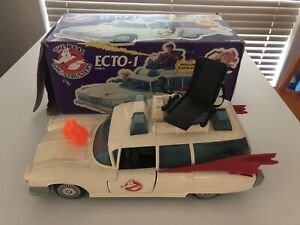 The Real Ghostbusters Ecto-1 with Box, Ghost & Stickers 1986 Vintage Great Cond