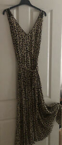 Witchery Smocked Shoulder Maxi Dress Size 14 Rrp $120. Sell $ 70