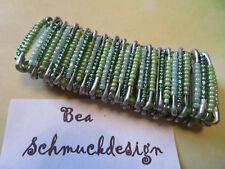Armband gefädelt, grün, Handarbeit, SI-Nadeln, Gummizug
