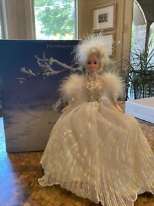 """Limited Edition Barbie Enchanted Seasons Collection """"Snow Princess"""" Doll 1994"""