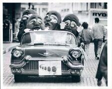 1988 Press Photo California Raisins Riding in Vintage Car