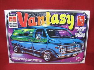 Dirty Donny's Vantasy 1970s Chevy Van G10 Street Custom AMT 1:25 Model Kit 691
