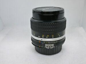 Nikon AIS 85mm f1:2 Manual focus tele Lens