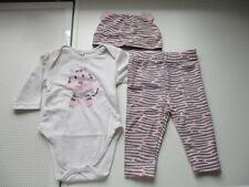 Lot de 3 articles,  1 legging, 1 bonnet et 1 body,  bébé fille,  1 mois, neuf