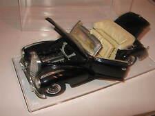 1:18 Mercedes 300S black 1955 Maisto in showcase TOP