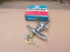 1974-1980 Ramcharger Trail Duster NOS MoPar LIFT GATE OUTSIDE HANDLE W/ KEYS