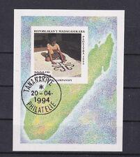 "toller Sondermarkenblock Madagaskar "" Kunsthandwerk "" Mich. Nr. Block 255"