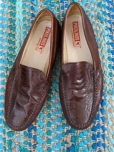 Pikolinos mens shoes 10 leather Italian made