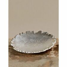 2x Dekorativer Teller aus Aluminium mit auffällig gezacktem Rand, Silber, 16cm