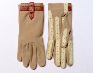 Very Nice Pair of Light Brown Isotoner Aris Womens Gloves