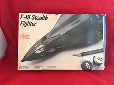 F-19 Stealth Fighter 1:48 Scale Model Kit Testors 1990 Ws6